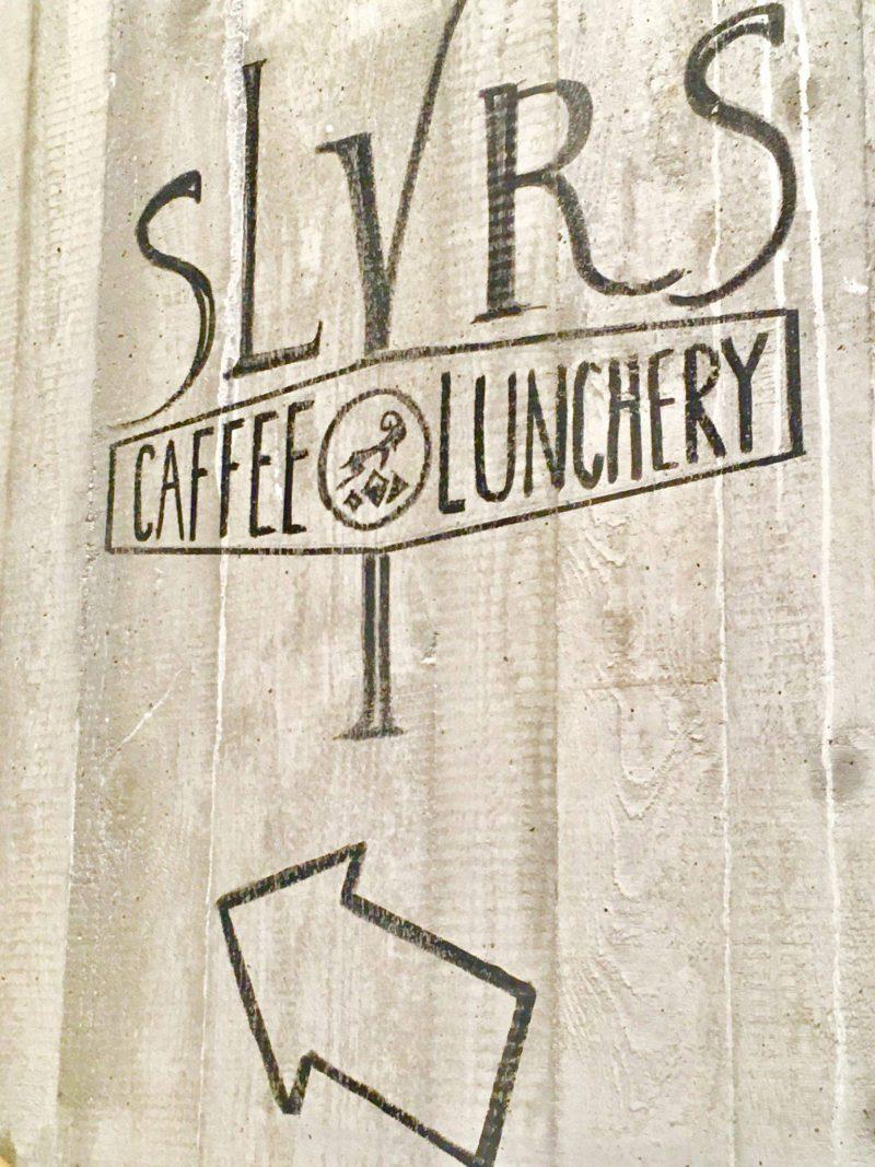 SLYRSKaffee & Lunchery