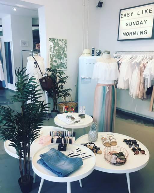 .FRAU.HUEGEL.-Würzburg, Fashionladen