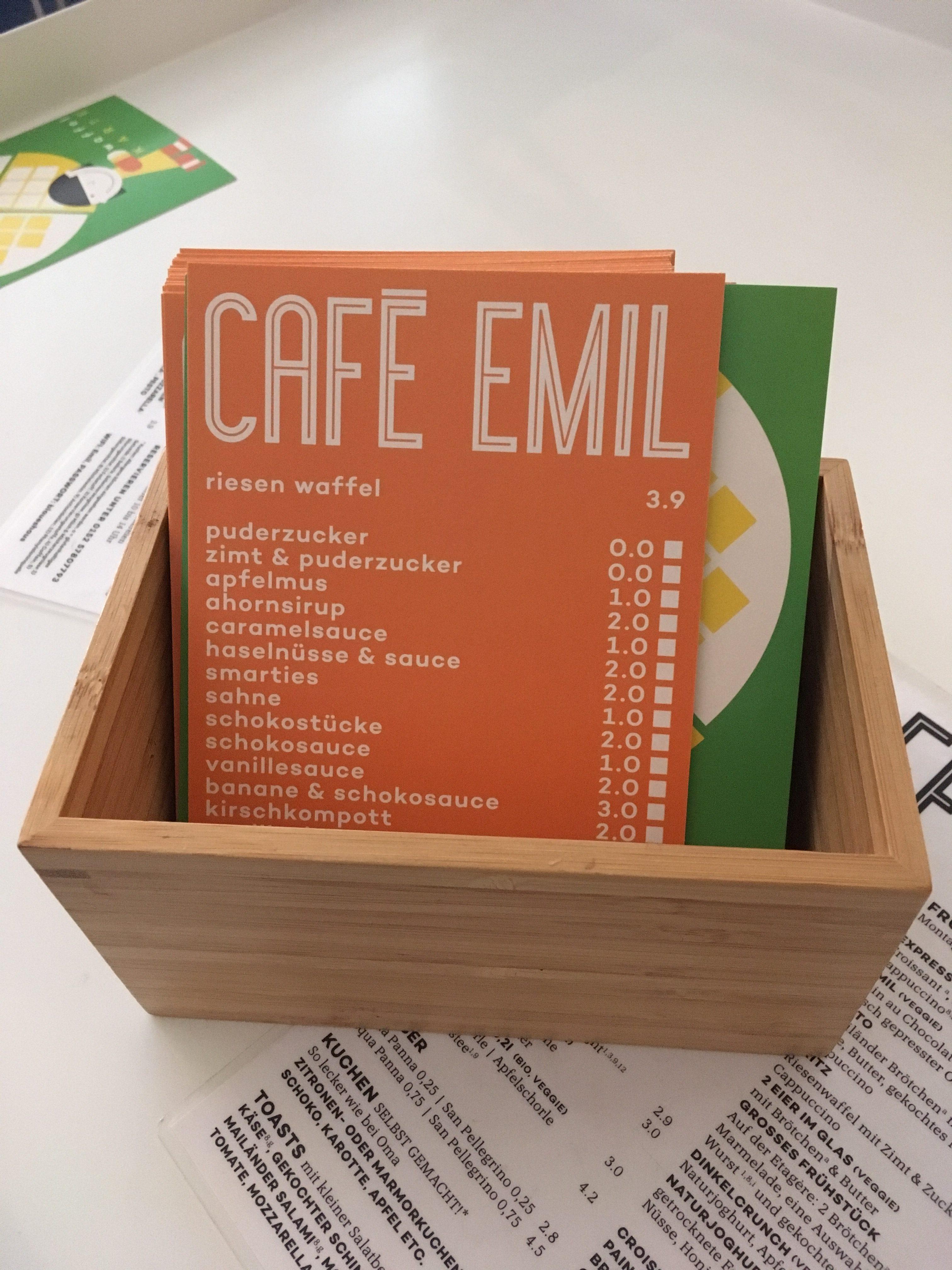 Café EMIL im blauen Haus, Muenchen